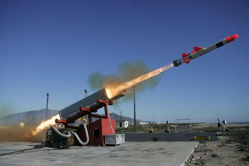 TEST: NSM har kun blitt testskutt 11 ganger. Resten av testene er gjort i simulator eller med F-5-flyet.