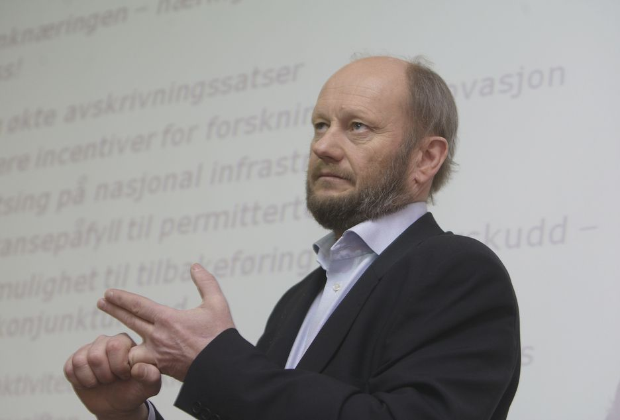 FREMDELES KRISE: Administrerende direktør Stein Lier-Hansen i Norsk Industri er skuffet over at regjeringen ikke gjør mer for eksportindustrien.