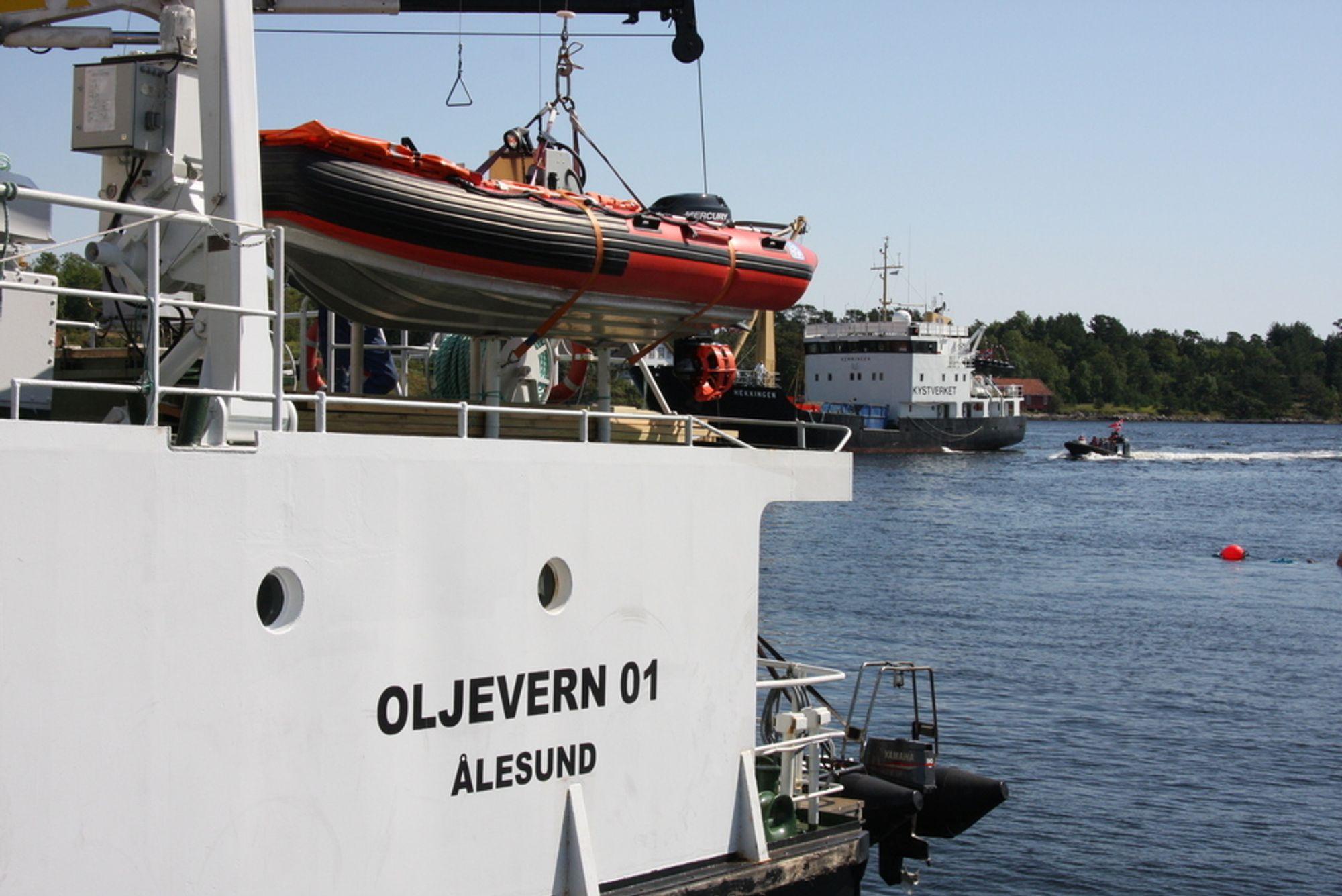 PENSJONISTER: En god del av Kystverkets flåte av skip er klare for skraphaugen. Regjeringen bevilger penger tilå begynne pensjoneringen.