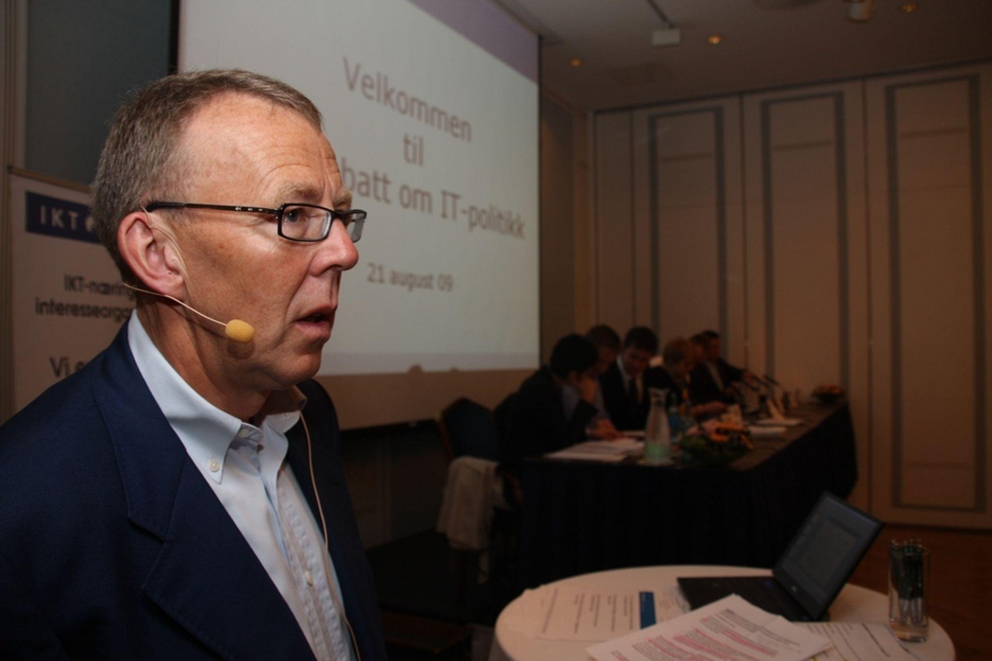 Generalsekretær Per Morten Hoff, IKT Norge, under IT-politisk valgdebatt på Bristol Hotel, Oslo, 21. august 2009.