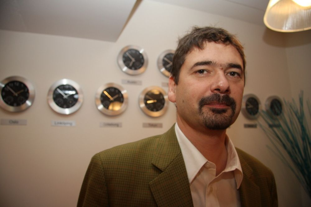 NEDTUR: Konsernsjef Jon von Tetzchner leverte røde tall for Opera i tredje kavrtal.