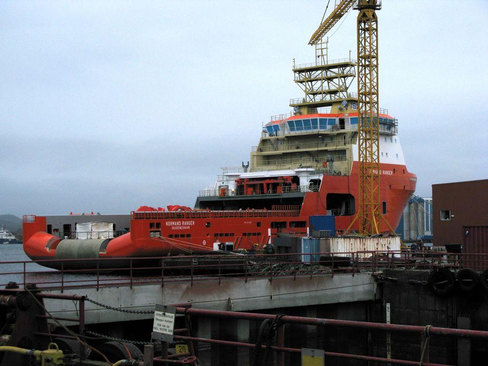 Skipet er av typen VS 490 AHTS fra Wärtsilä Ship Design. Det er 91 meter langt, 22 meter brett og får ei dødvekt på om lag 4500 tonn.