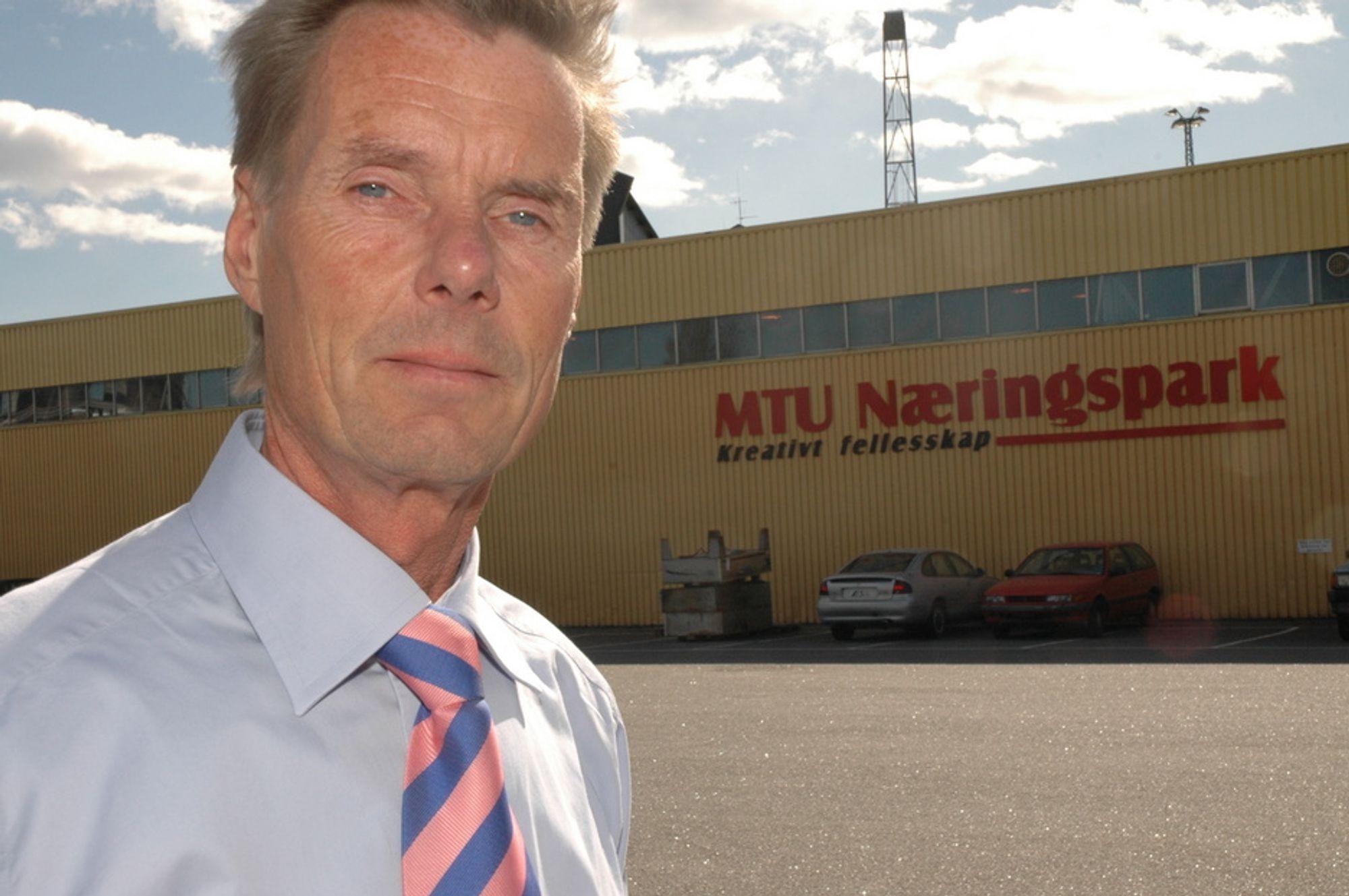 GSM-OPERATØR: Den 3. Mars åpner administrerende direktør Stein Matre i MTU-gruppen landets fjerde GSM-nett.