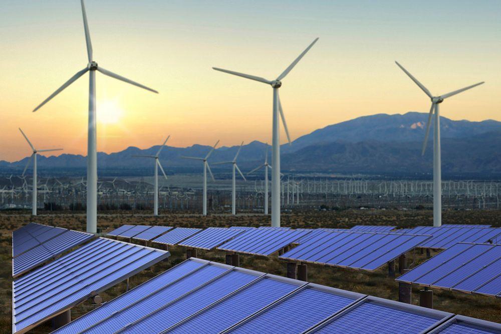 Den britiske regjeringen vil gi direkteutbetalinger til privatpersoner og samarbeidsprosjekter som fôrer strømnettet med fornybar energi, i stedet for reduksjoner i strømregningen, som i dag.