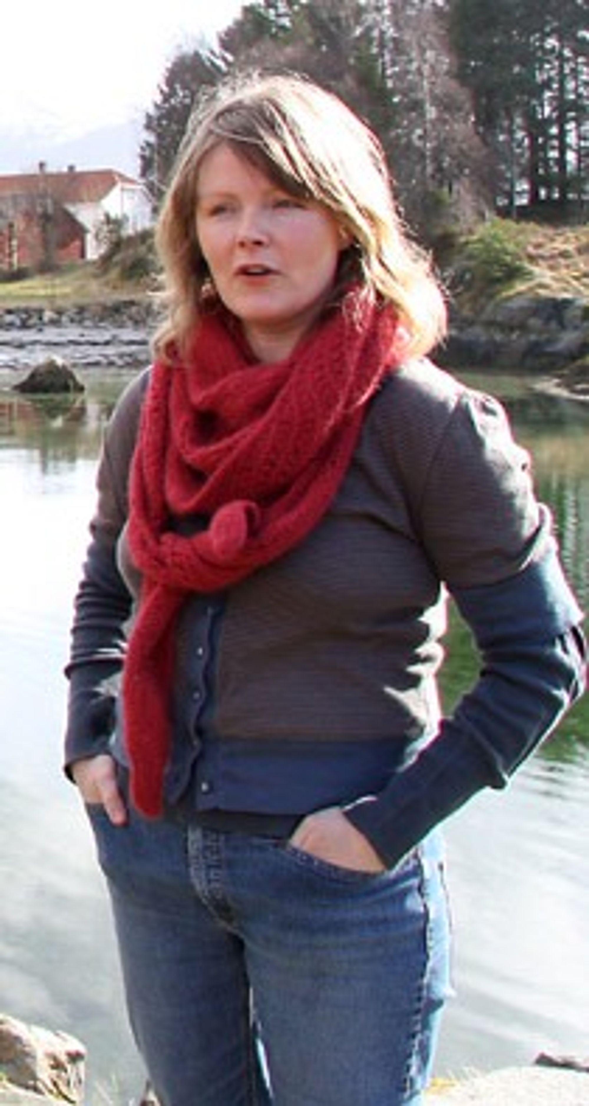 Åse Marie Thingnes i Naturvernforbundet i Sunnfjord jobber mot planene om gruvedrift i Engebøfjellet.