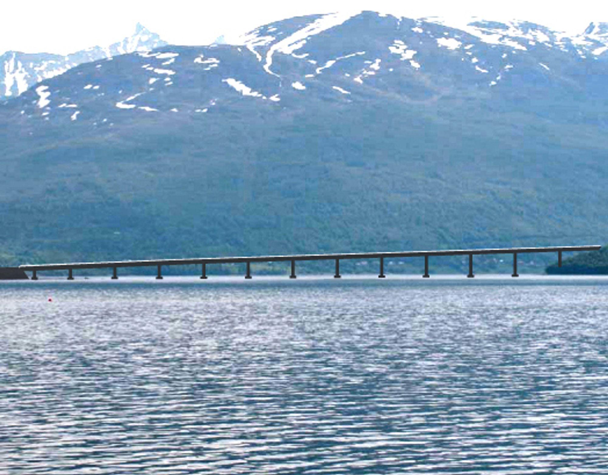 Omtrent slik vil Ramfjorden bru se ut. Med en maksimal dybde i brutraséen på 36 meter er det liten grunn til å tro at en bru med lange spenn vil bli foretrukket.