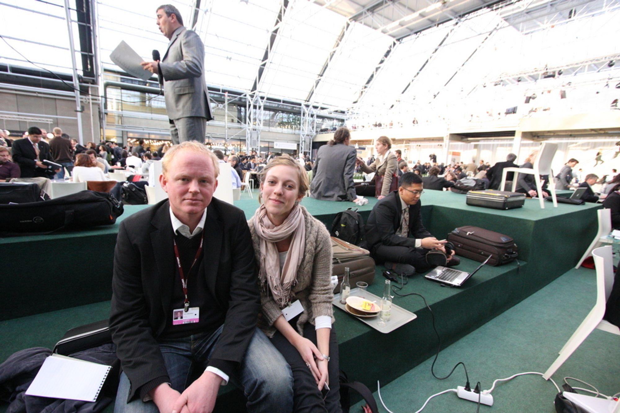 BEKYMRET: - Det ser ikke veldig lyst ut for en avtale, sier Lars Haltbrekken i Norges Naturvernforbund torsdag ettermiddag. Ingeborg Gjærum i Natur og Ungdom er like bekymret.