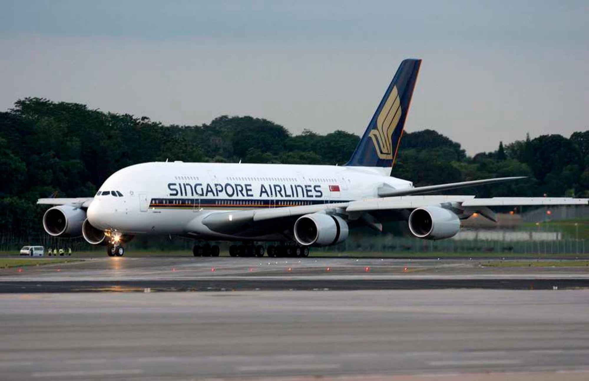 Et Airbus 380-800 fra Singapore Airlines returnerte til Paris i går da strømmen gikk på byssa. For tre måneder siden var det motorproblemer som gjorde at flyet måtte vende snuta tilbake til Charles de Gaulle.
