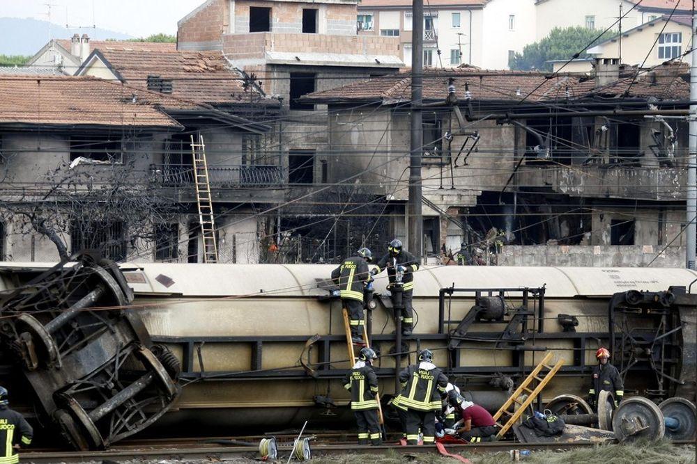 14 mennesker omkom og 50 ble skadet i togulykken i Viareggio, cirka 350 kilometer nord for Roma.