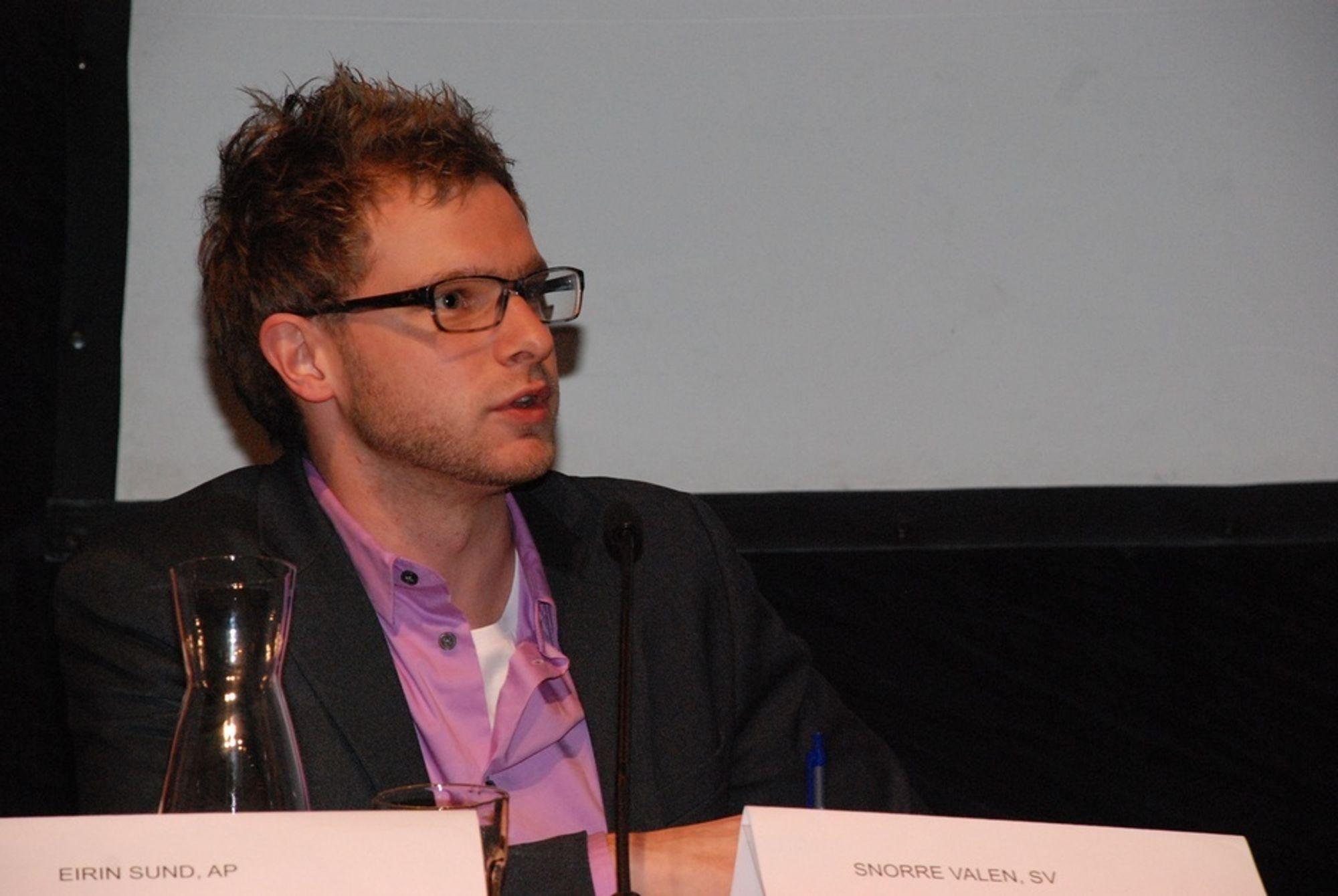 Stortingsrepresentant for SV, Snorre Valen, tviler på at Statoil tør å gå inn i Israel.