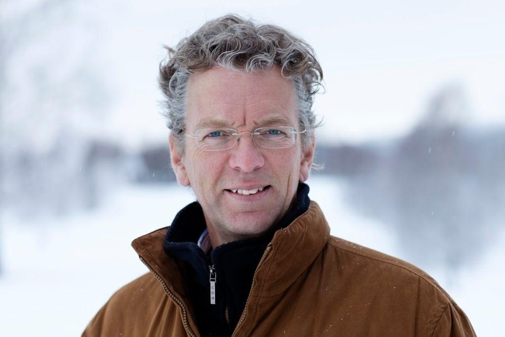 Statnetts sjef Auke Lont mener vi heller bør bruke vannkraft enn biobrensel til oppvarming når vi har kraftoverskudd.