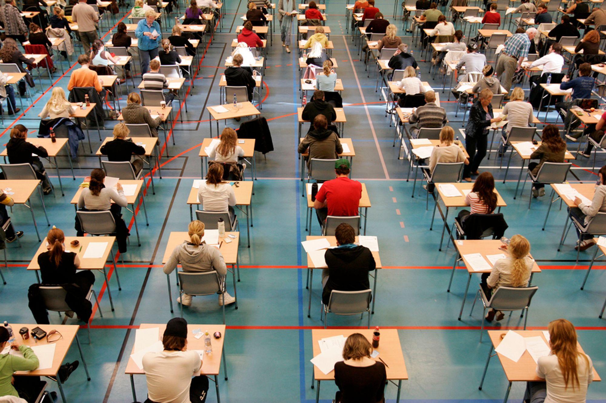 NYTT: Færre og færre stryker på eksamenene sine.