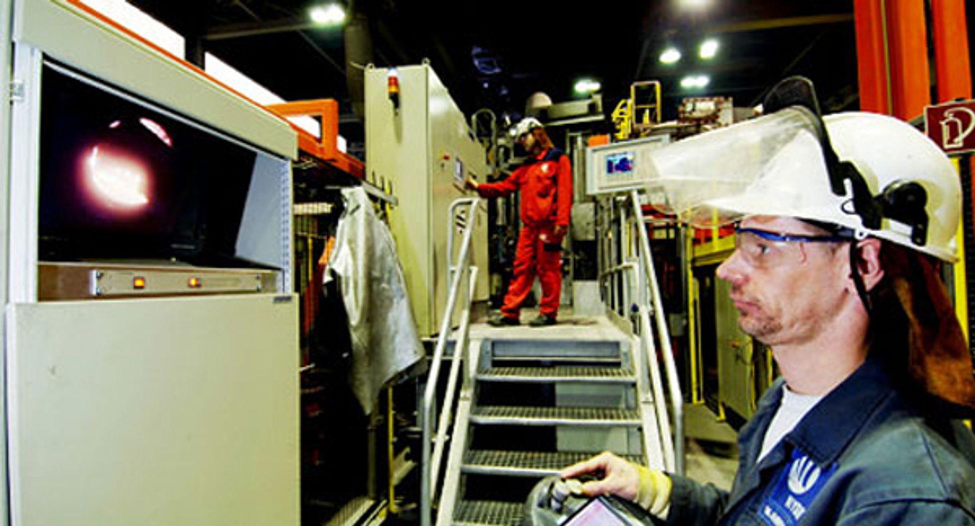 Aluminiumsverket her i Neuss er det siste verket i rekken som må tåle kutt i produksjonen.