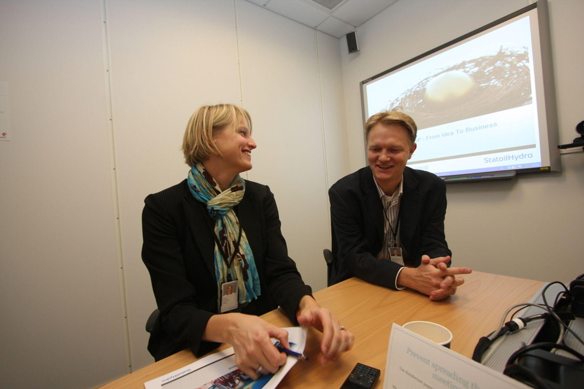 Pengebinge: Ingunn Svegården og Brage W. Johansen vil at flere med gode ideer skal søke pengestøtte.