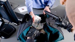 Usynlig bankraner på nett