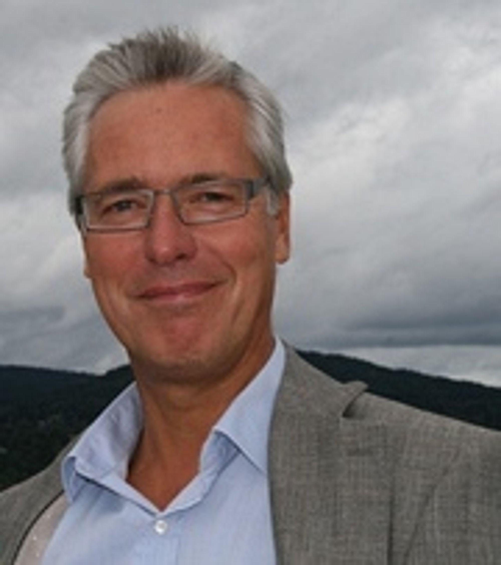 SAMARBEID: Erik Skjelbred, direktør for produksjon og miljø i EBL, mener at ingen er tjent med diskusjonen som har vært.