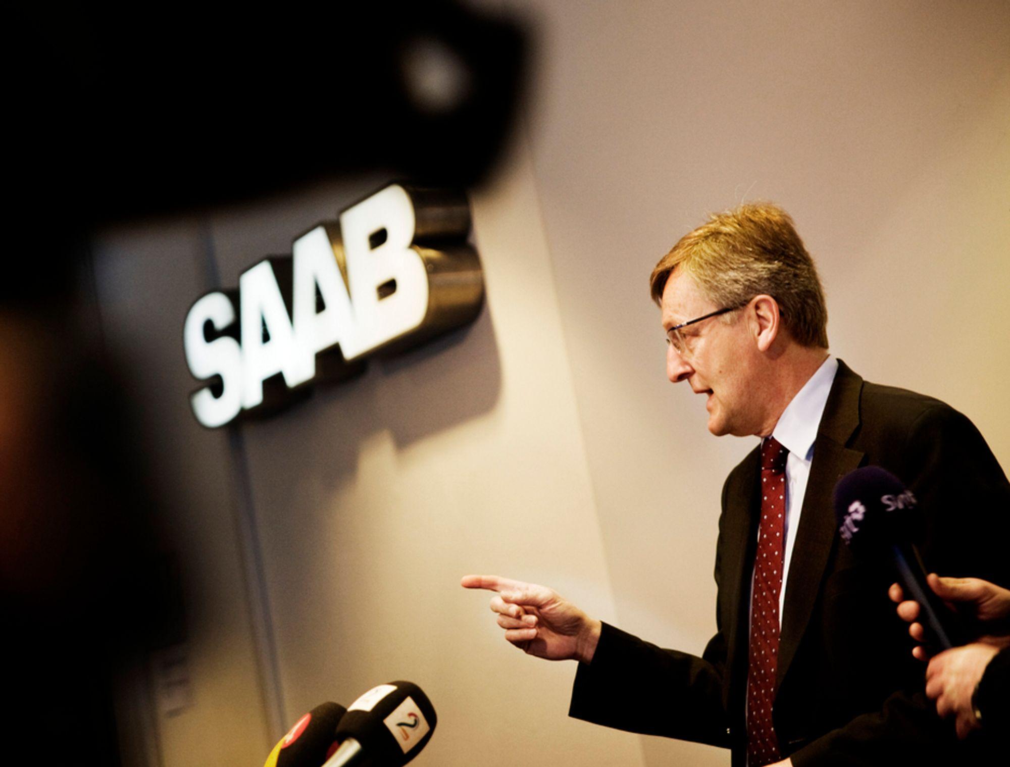 Saab-sjef Jan Åke Jonsson orienterte onsdag om situasjonen for bilfabrikken. Senere på dagen meldte SVT at Saab-styret vil gå inn for konkursbeskyttelse.
