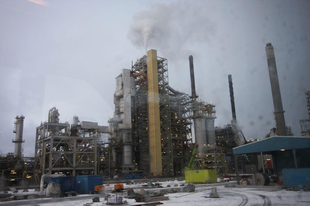MÅ SATSE:  Zero mener at usikkerheten rundt helse og miljørisikoen ved aminteknologien ikke er noe grunn til å utsette CO2-fangstanlegget på Mongstad.