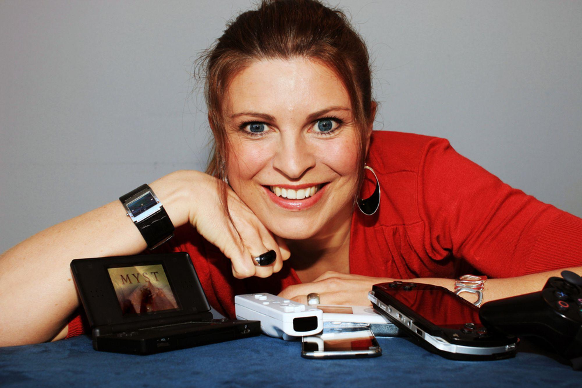 Programleder Hanne Kari Fossum i NRks nye programserie Tekno, som legges ut til nedlasting i HD.