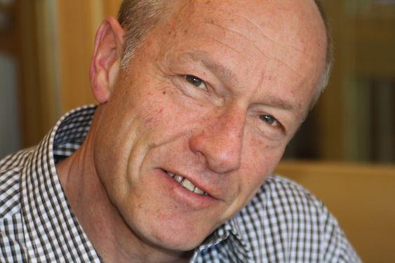 VEI BEST: ¿ Idar Mo kan ha rett i at det er bedre å bygge firefelts motorveier fremfor å satse på jernbaneutbygging ut i fra et miljøperspektiv, sier miljøkoordinator i Statens vegvesen region sør, Karl Sigurd Fredriksen.