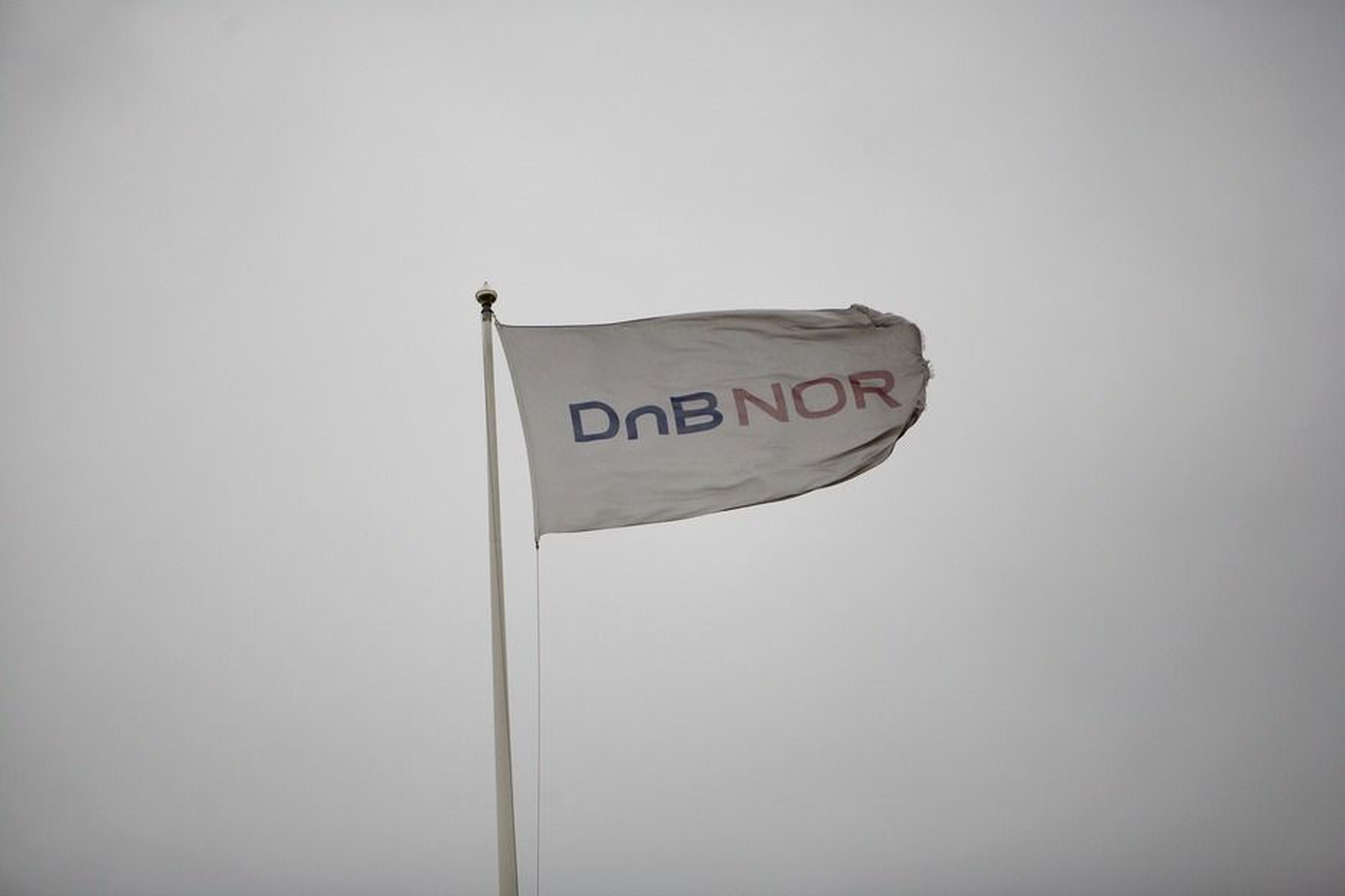 PÅ FARTA: Telenor skal bruke 240 millioner kroner på å gjøre Dnb Nor-ansatte mer mobile.