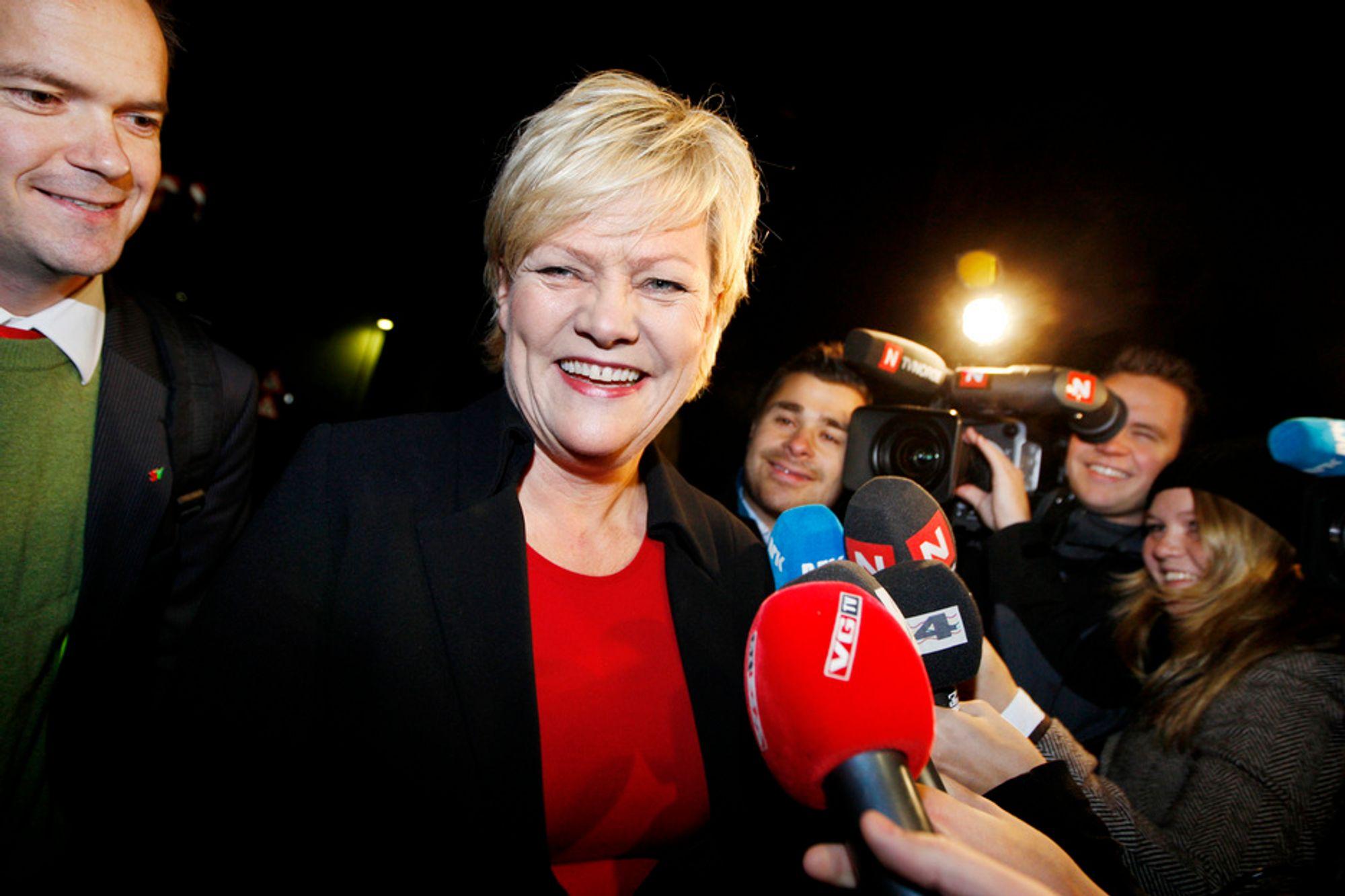 Finansminister Kristin Halvorsen kan fornøyd konstatere at det renner inn penger i statskassen fra aksjeposten i StatoilHydro.