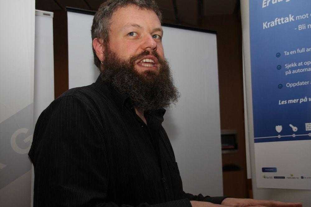 Direktør Torgeir Waterhouse i IKT-Norge mener at EUs datalagringsdirektiv blir enkelt å omgå.