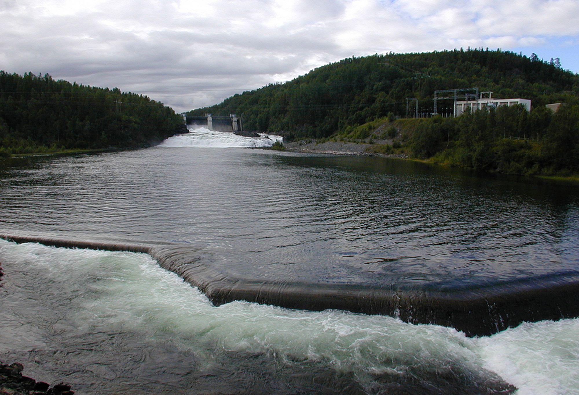 DØMT TIL Å SELGE: Troms Kraft er dømt til å selge Bardufoss kraftverk til Statkraft.