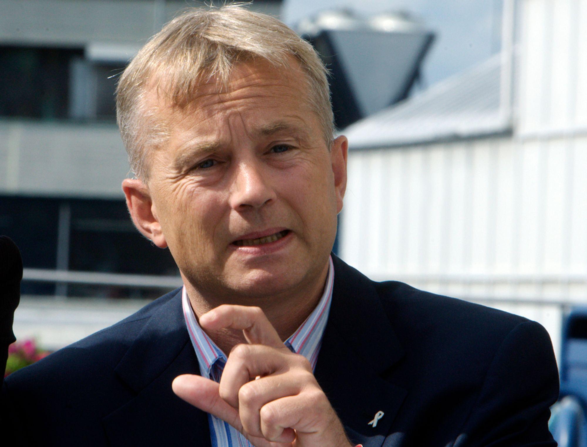 UTVIDER: Justisminister Knut Storberget åpnet idtyveri-tjenesten på forsommeren, og nå kan den bli utvidet til et nordisk samarbeid.