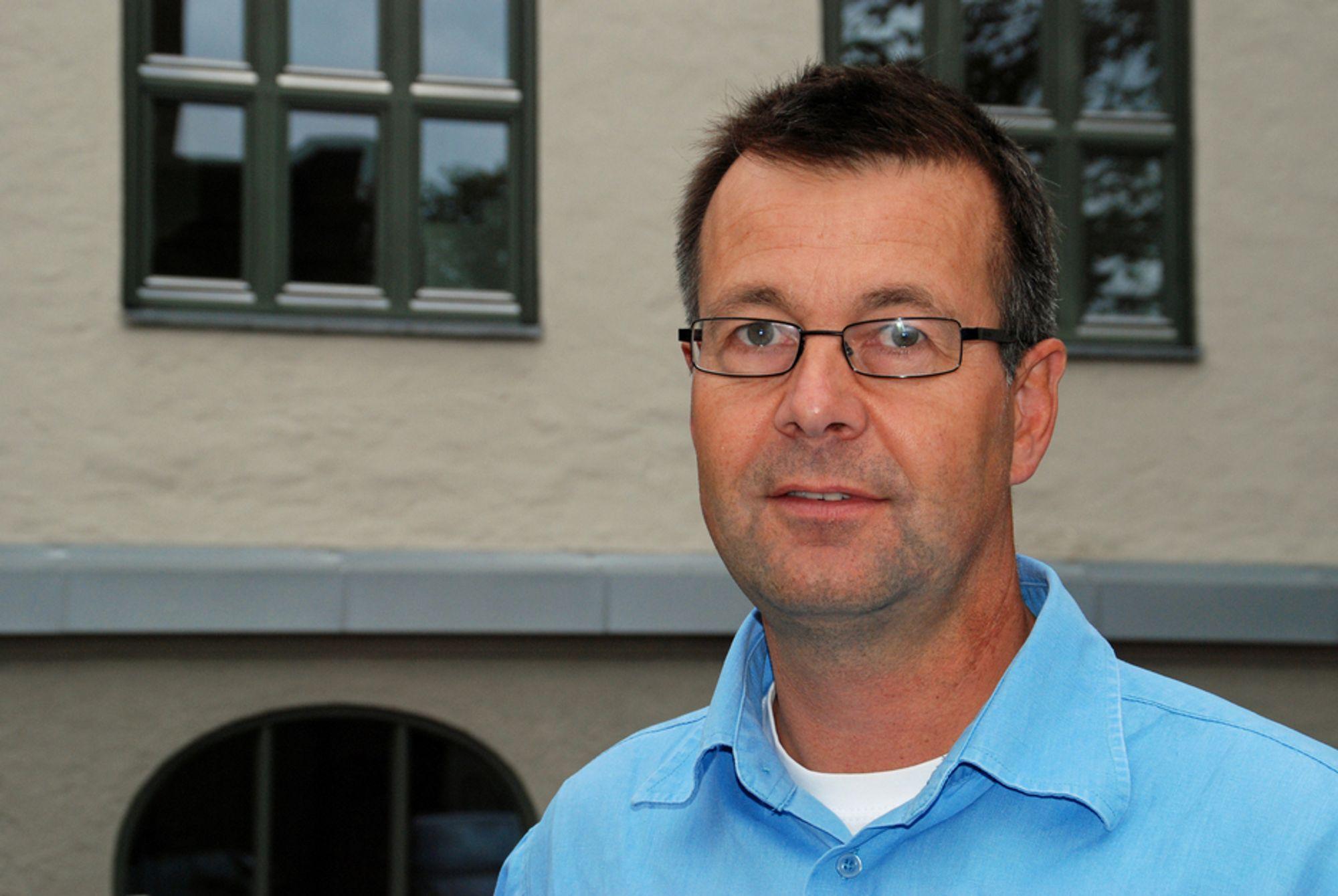PLANLEGGING AVGJØRENDE: Per F. Jørgensen, partner og energirådgiver i KanEnergi, mener alle nye kontorbygg kan få energimerke A, og at et hvert rehabiliteringsprosjekt bør komme ned til 120 kWh/m2. - Alt handler om god planlegging, sier han.