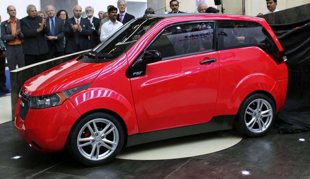 MARGINALT SALG: Nesten halvparten av de solgte el-bilene i Storbritannia i fjor av merket Reva. Her nestegenerasjons Reva, NXR.  Totalsalget var på skarve 55 biler.