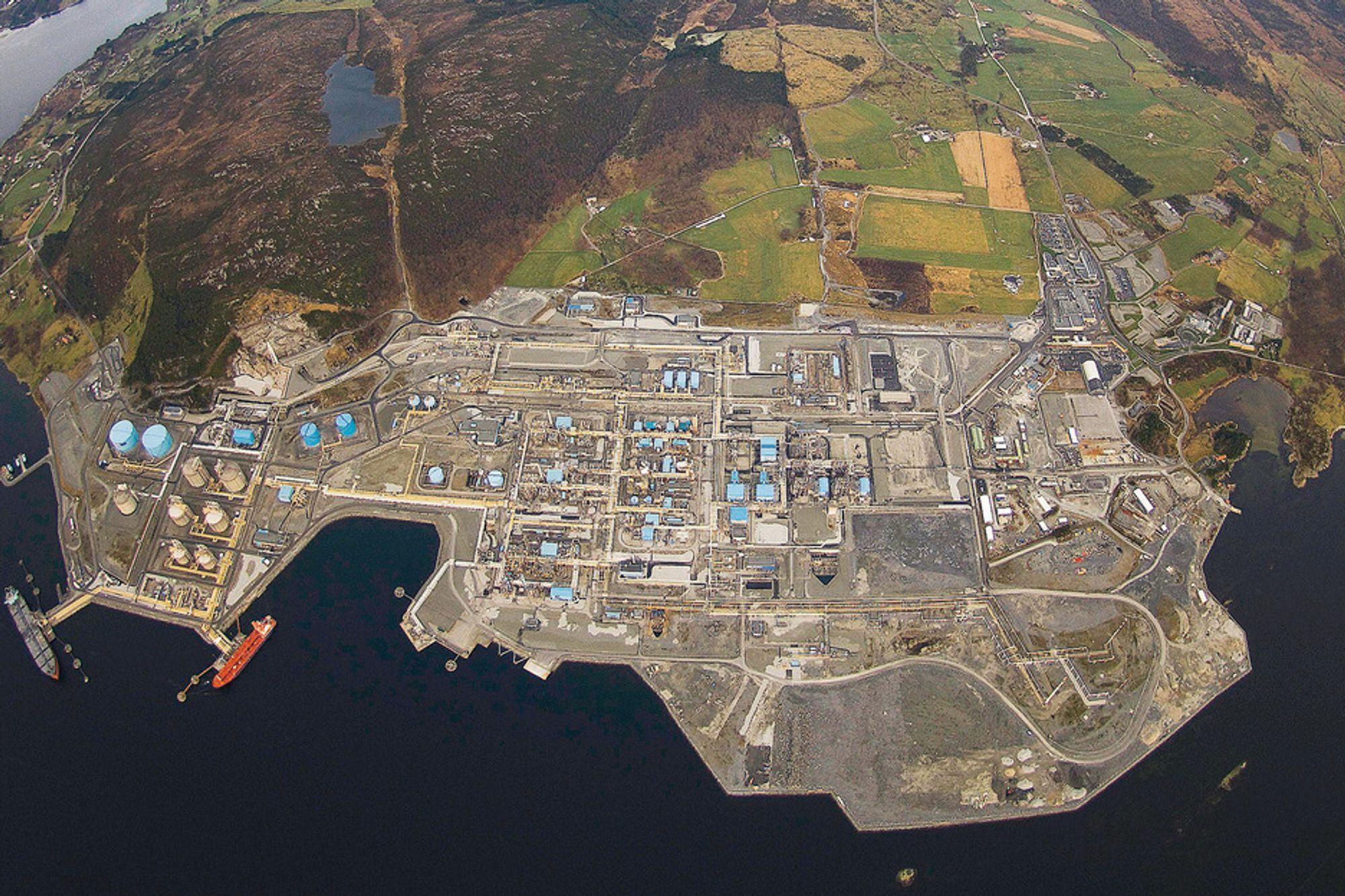 Aker Solutions kjemper om CO2-penger fra Gassnova. De er blant annet involvert i fangstanlegget på Kårstø.