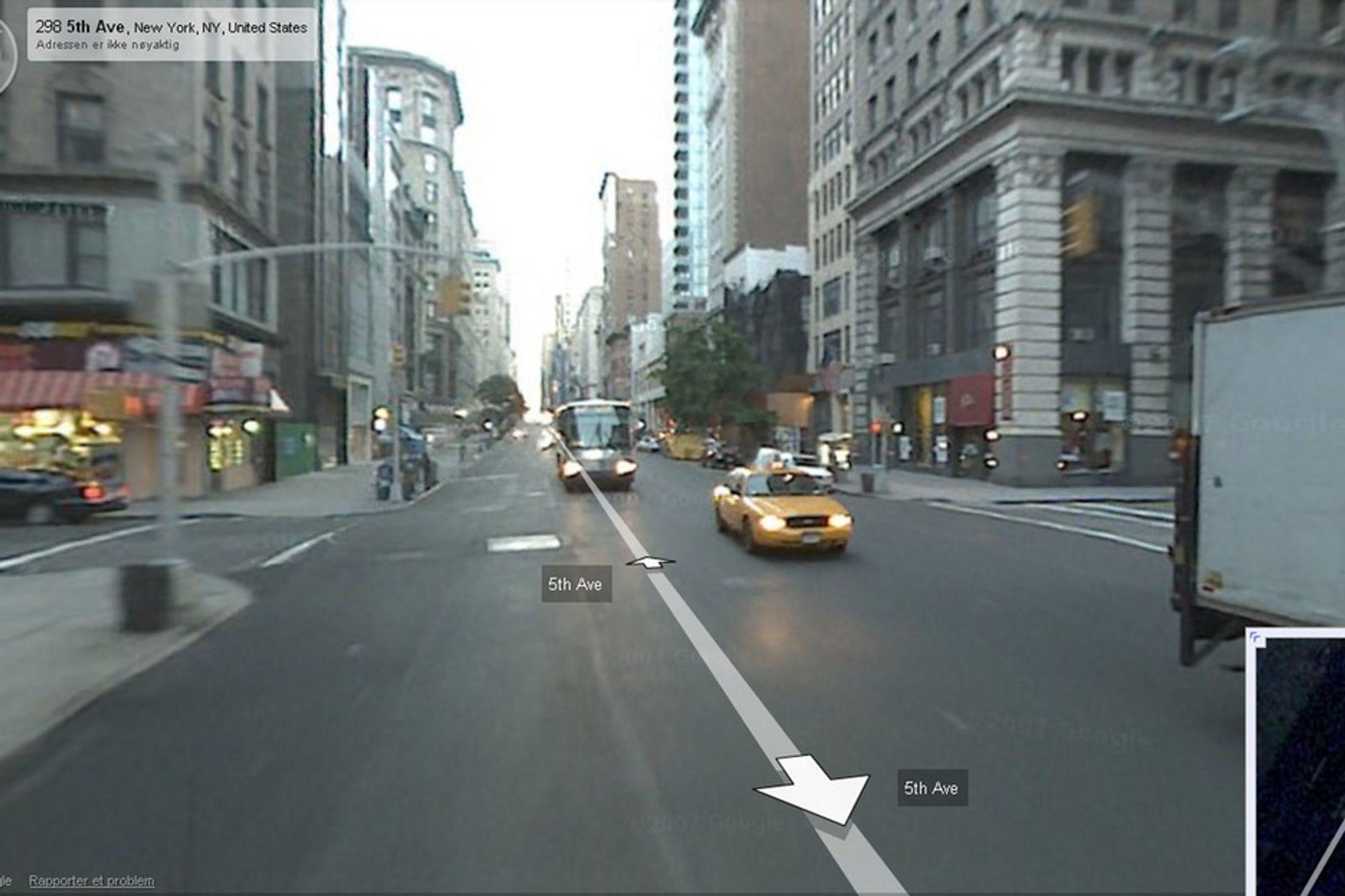 Googles Street View-tjeneste blir tilgjengelig i Norge snart. Her fra 5th Avenue i New York.