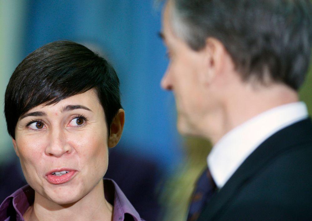 FLERTALL: Utenriksminister Jonas Gahr Støre (Ap) håper på støtte fra Ine Marie Eriksen Søreide og Høyre i saken om datalagringsdirektivet.