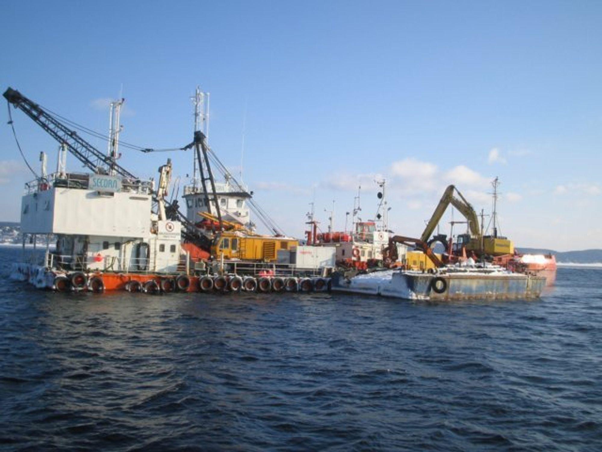 En rapport på bestilling av miljøstiftelsen Neptun konstaterer at det må lekke fra giftdeponiet ved Malmøykalven.