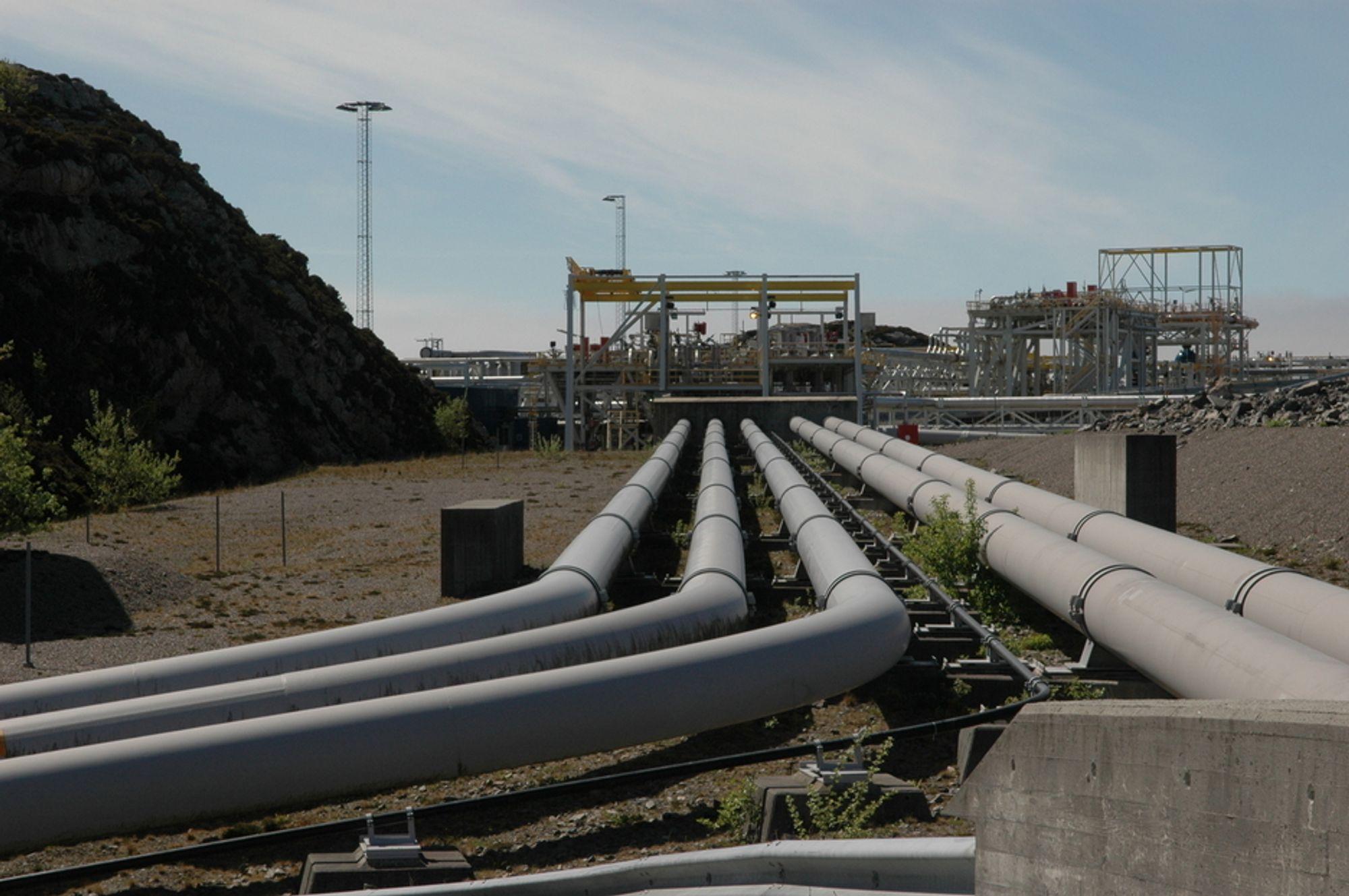 Norges gassprodukjson vil falle kraftig etter 2020. Brtiisk professor er bekymret for forsyningen.