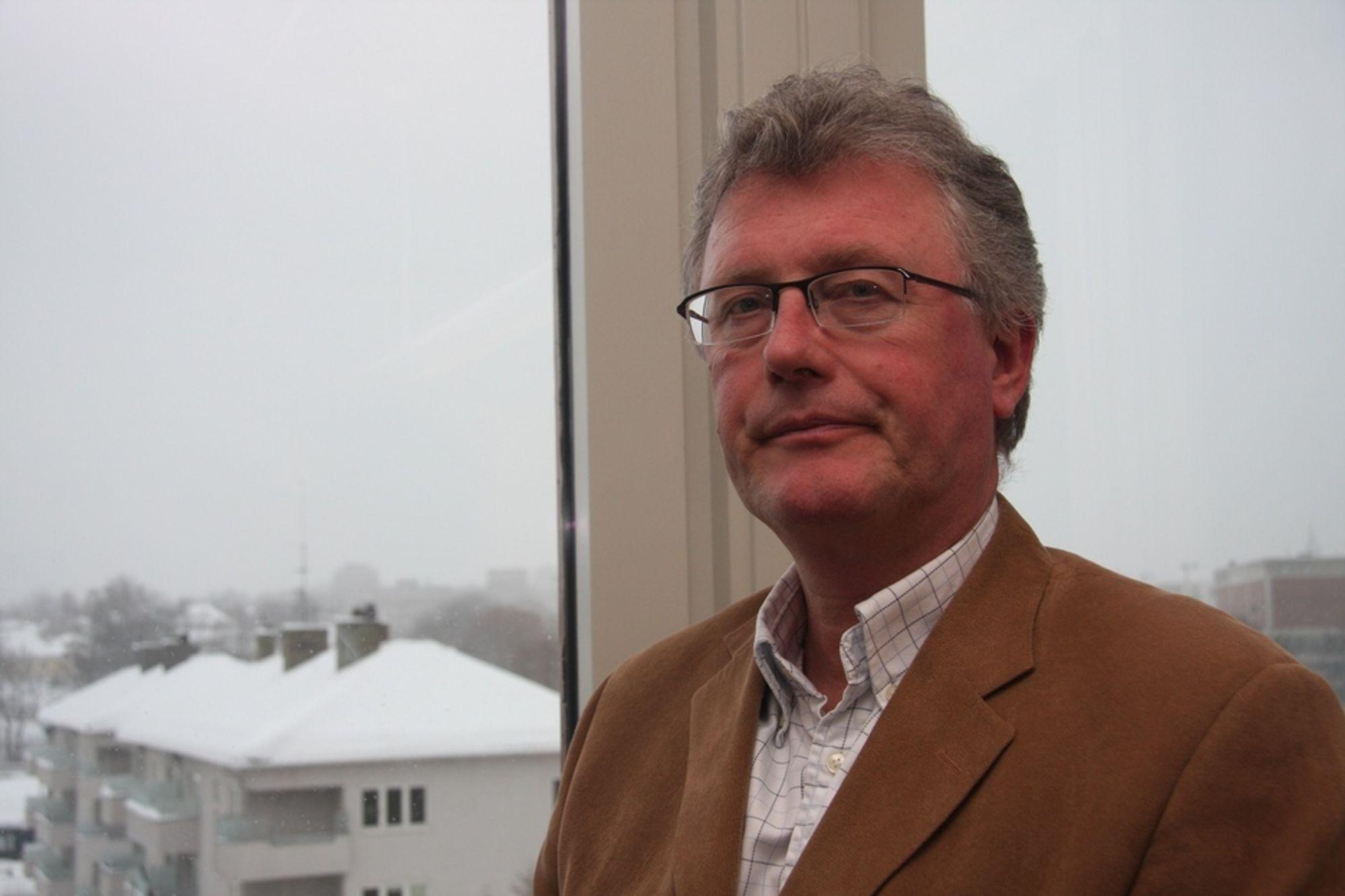 KRITISK: - Hvorfor er el så fryktelig skittent, spør direktør i Norsk Teknologi, Tore Strandskog.
