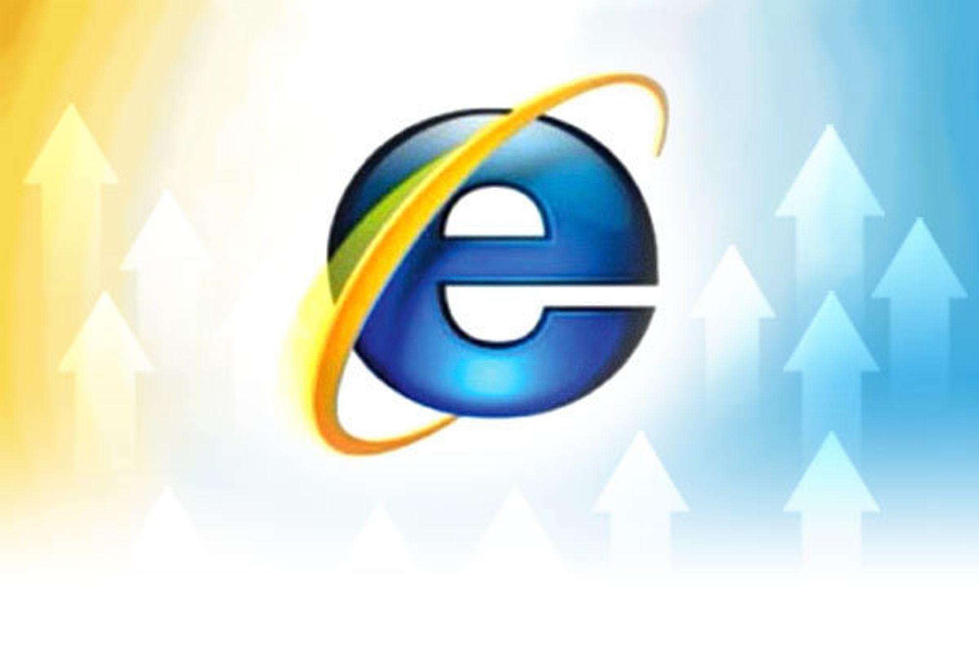 Microsofts toppsjef, Steve Ballmer, støtter den norske IE6-aksjonen i en e-post til Teknisk Ukeblad. Han ber kundene oppgradere til Internet Explorer 8.
