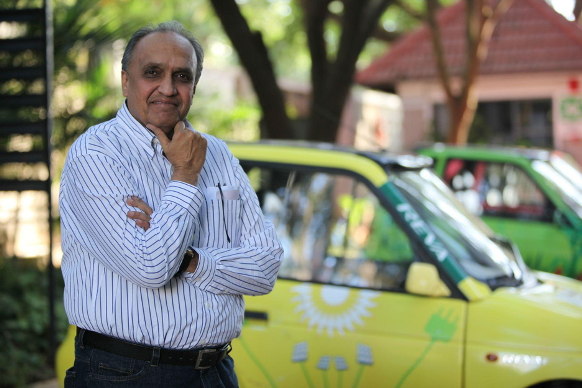 """SLUTT PÅ KOMIKKEN: Dilip Chhabria er hyret inn som designer til kommende elbilmodeller fra indiske Reva. Chhabria varsler aggressivi design og elbiler """"som ser ut som biler""""."""