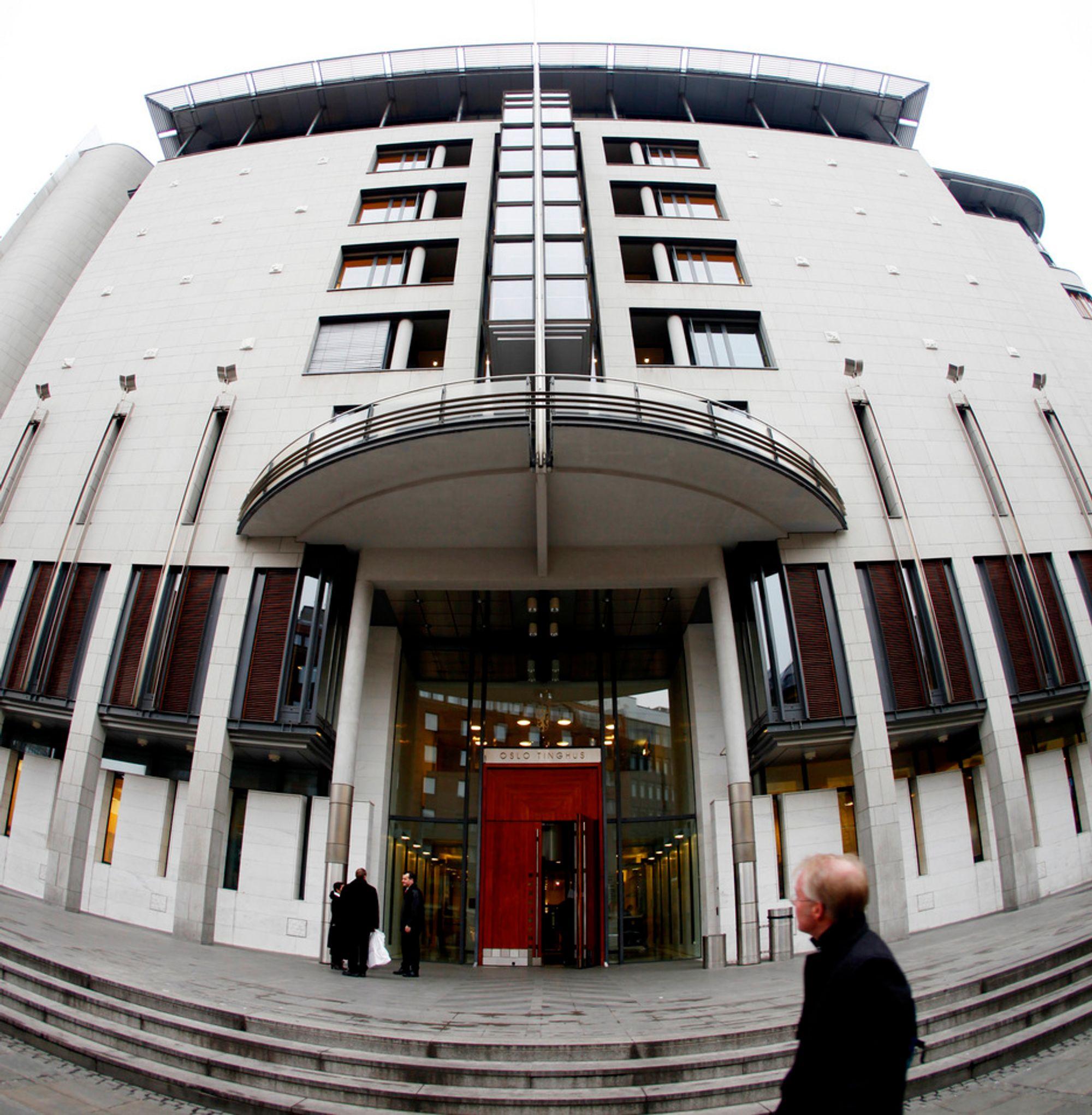 Samferdselsdepartementet må møte i Oslo tingrett for å forsvare seg mot et krav om erstatning etter gjennomføring av anbudsrunden på riksvei 255.