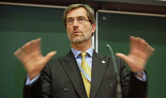 TEKNOLOGIDAGENE: Konsernsjef Walter Qvam i Kongsberg Gruppen har lynkjappe ingeniører i toppklasse, sier han.