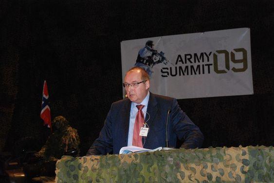Rolf Tamnes, Institutt for forsvarsstudier