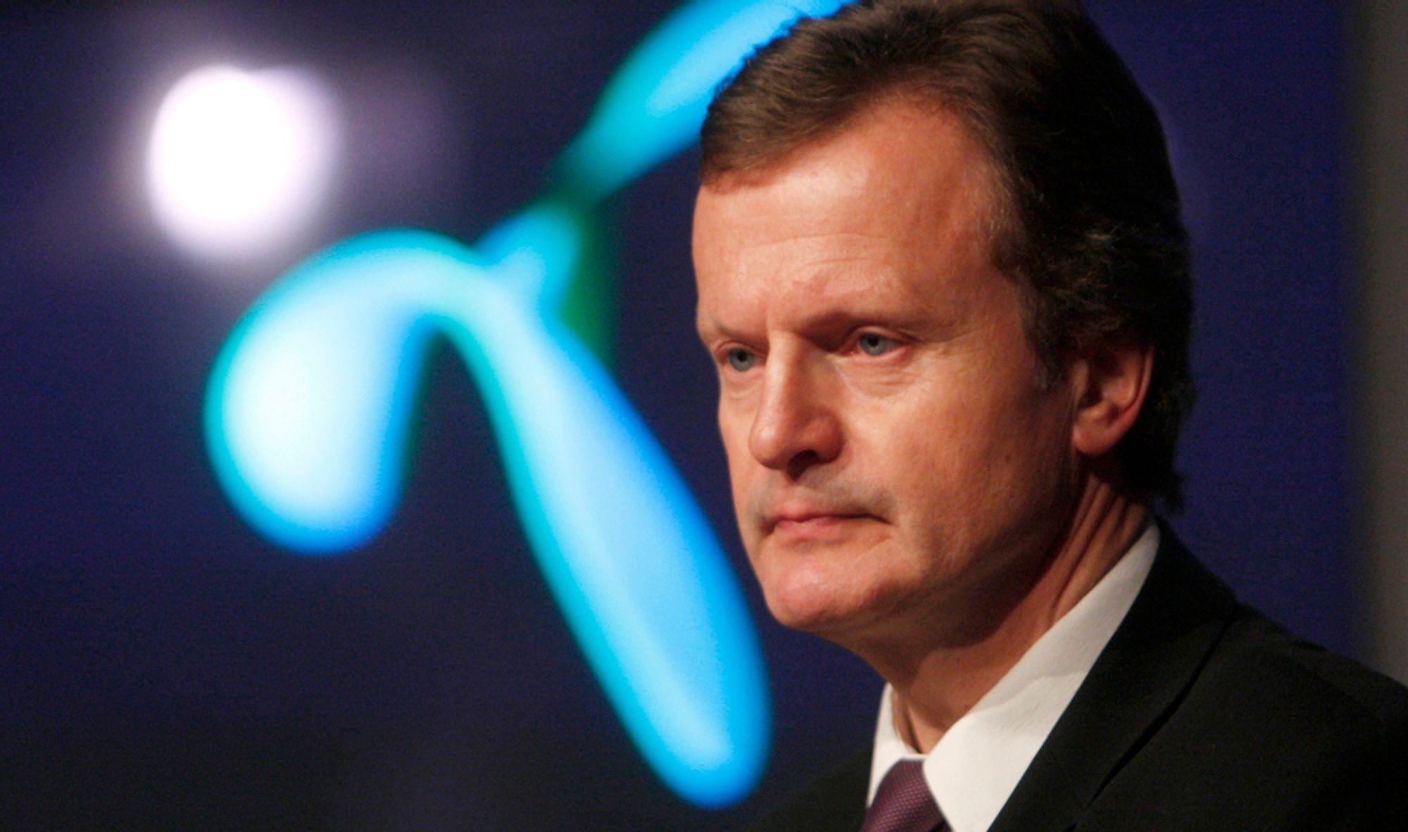 Telenor-sjef Jan Fredrik Baksaas er fortsatt i trøbbel i Russland. Nå forbereder namsmannen tvangssalget av VimpelCom-aksjene.