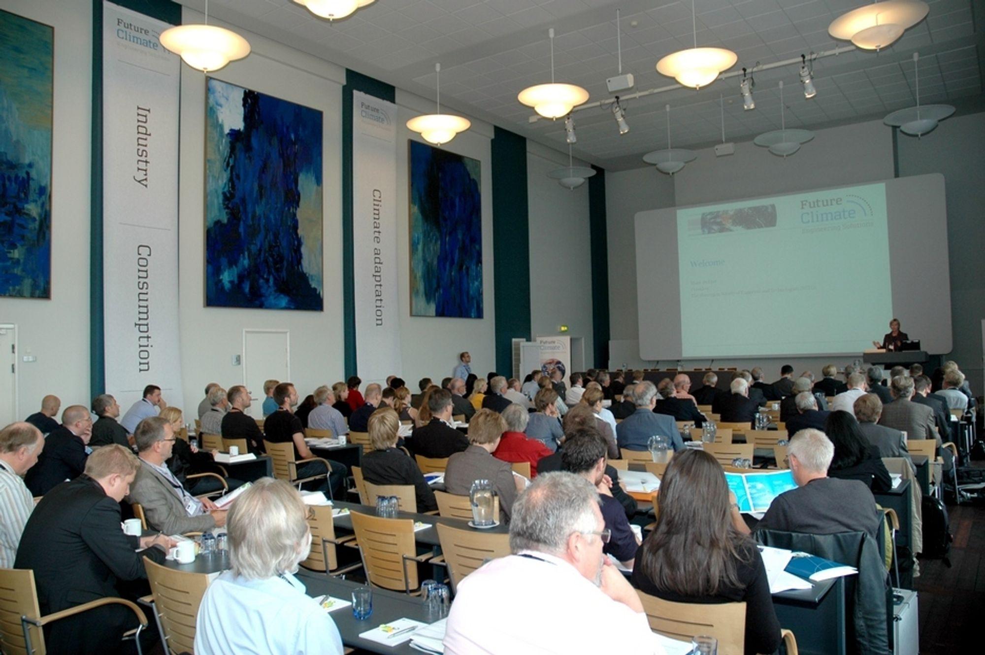 NY RAPPORT: NITO-president Marit Stykket åpner klimakonferansen i København. Senere skal en klimarapport laget av en rekke ingeniørorganisasjoner legges fram.