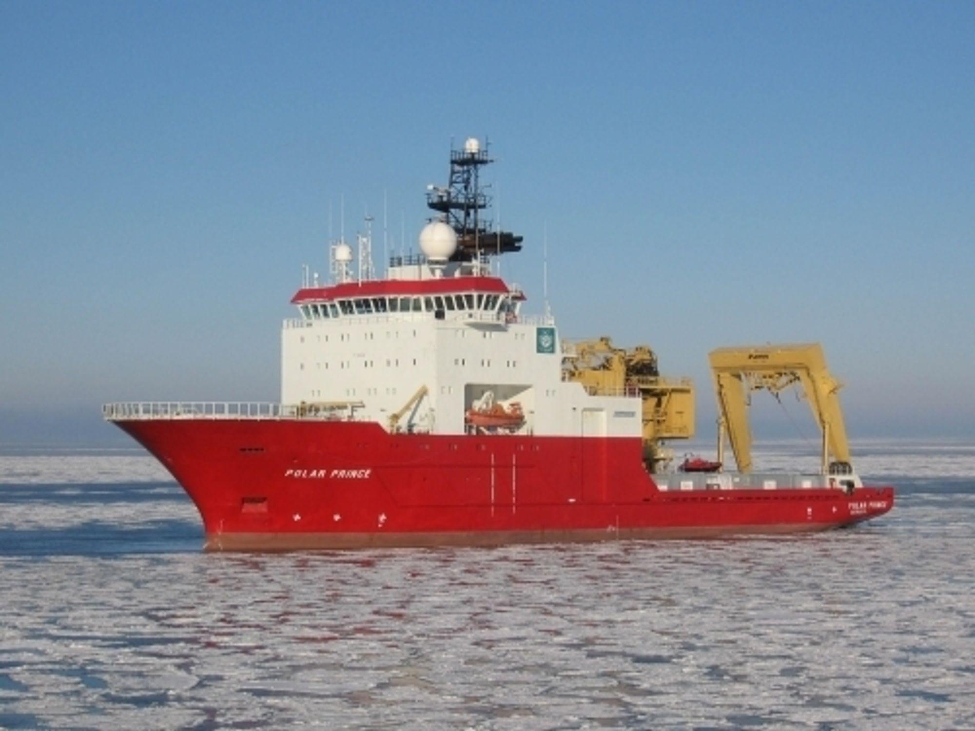 Polar Prince - Subsea Support Vessel (SSV)  Bygget 1999,  lengde: 94 m, Bredde: 80 m.  Sengeplasser: 70  Utstyrt med kraner og utstyr for operasjon av ROV og andre  undervannsoperasjoner.  Opererte ROV ned til nesten 4.000 meters dyp i 2003 under inspeksjon av det havarerte tankskipet Prestige.