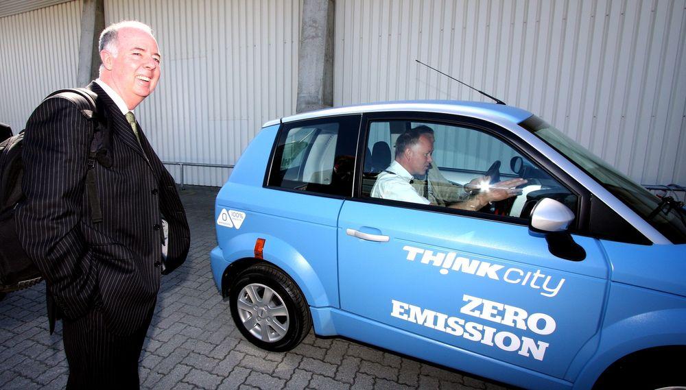 Think-sjef Richard Canny håper å kunne starte produksjon av elbilen Think City i USA om et drøyt år fra nå.