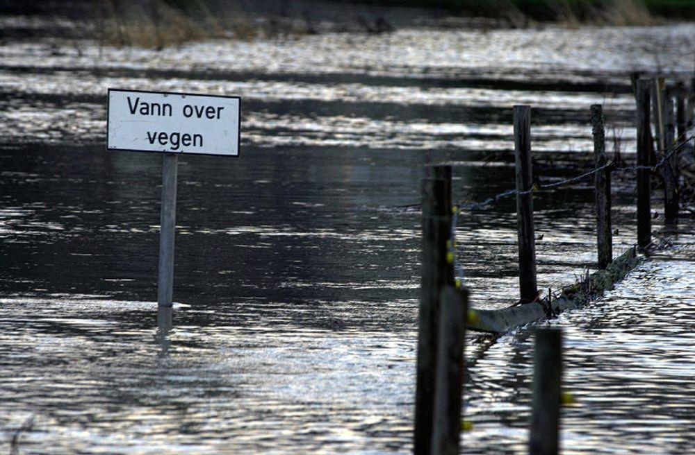 Norske kommuner mangler både planer, penger og kvalifisert personell til å ta seg av utfordringene som klimaendringene bringer med seg, skriver NITO-president Trond Markussen.