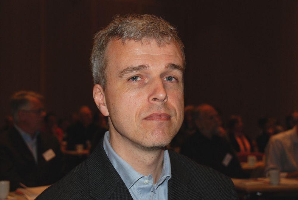 Professor og klimaforsker Helge Drange mener Olav Kvalheim kommer med uvitenskapelige og ukorrekte eksempler.