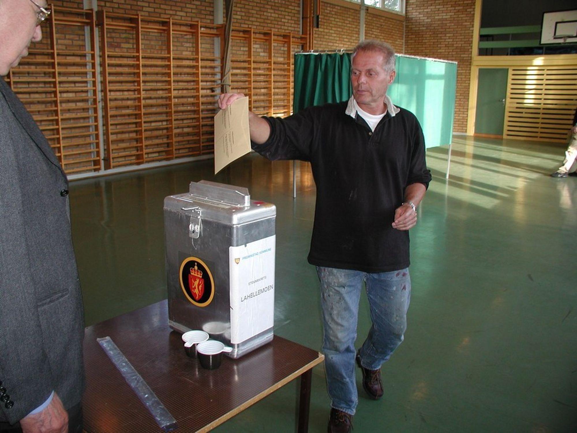 SLUTT: Hvis e-valgprosjektet lykkes, blir det slutt på de tradisjonelle urnene.