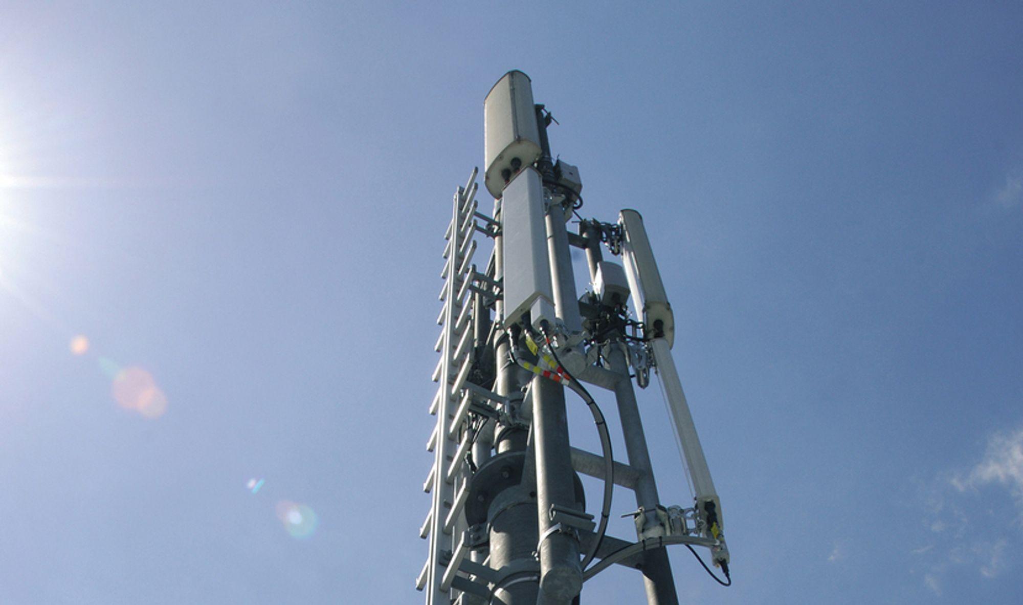 USIKKERT: Myndighetene ønsker et tredje landsdekkende nett av moderne mobilsendere. Nå står satsingen i fare.